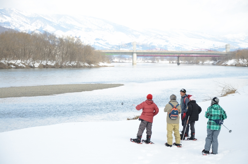 Iiyama station tour, put on snow shoes and have a walk.